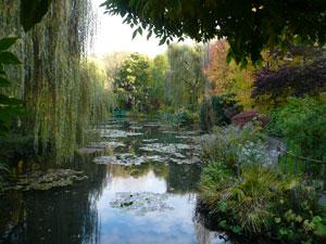 14Bassin-et-pont-Monet