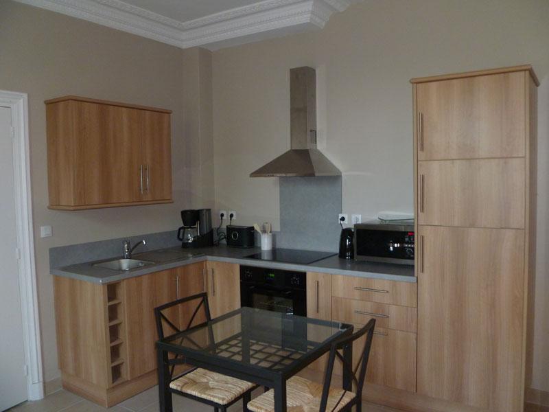 corniche meuble haut cuisine perfect cot d cors meuble haut de cuisine cm lumio cuisine. Black Bedroom Furniture Sets. Home Design Ideas